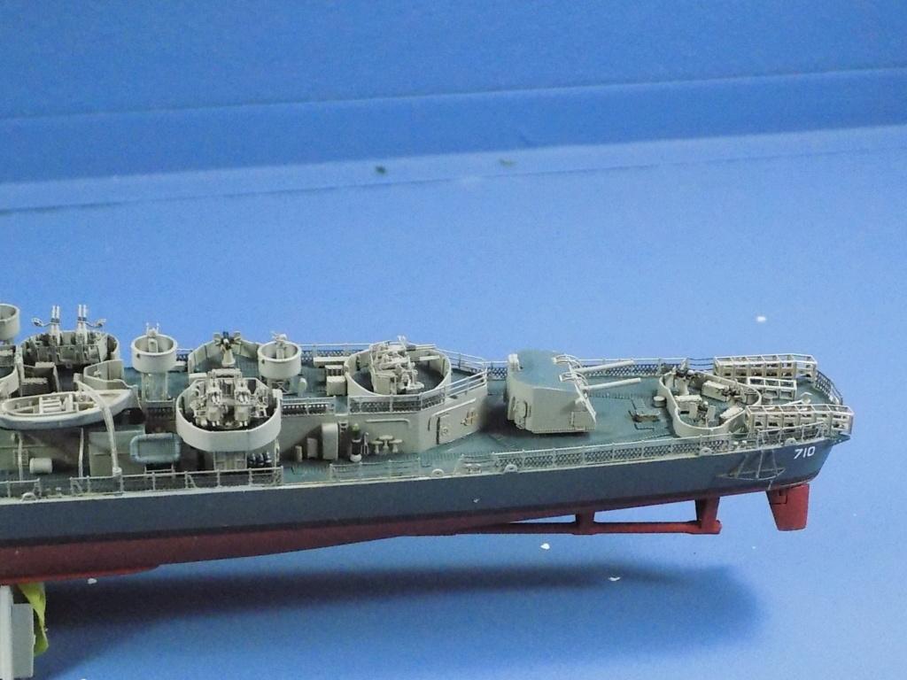 USS Gearing DD-710 1945 Dragon 1/350ème - Page 3 Dscn1567