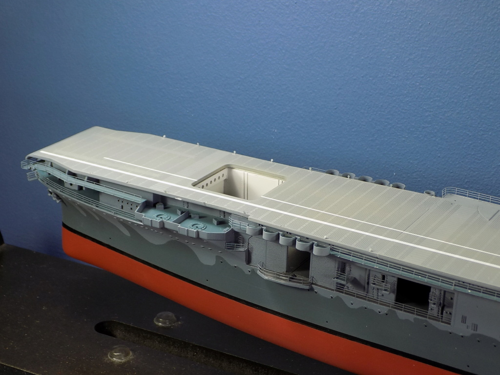 "USS HORNET CV-8 ""Raid on Tokyo"" 1/350 de Trumpeter - Page 7 Dscn1674"