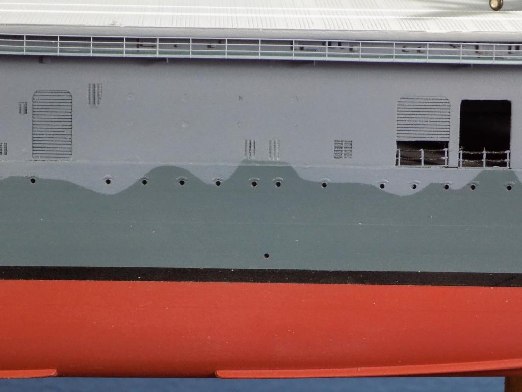 "USS HORNET CV-8 ""Raid on Tokyo"" 1/350 de Trumpeter - Page 7 Dscn1678"