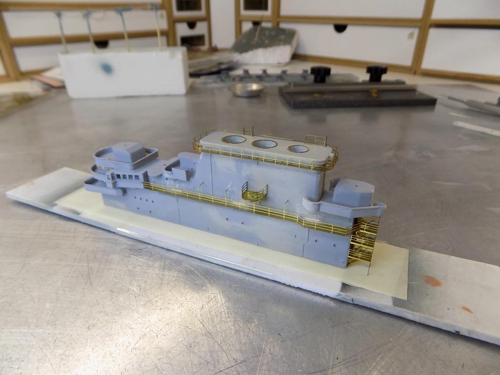 "USS HORNET CV-8 ""Raid on Tokyo"" 1/350 de Trumpeter - Page 8 Dscn1683"