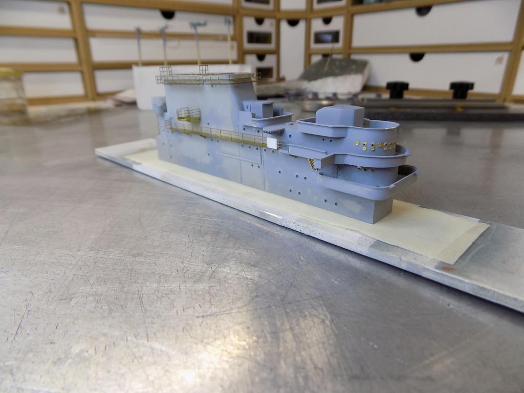 "USS HORNET CV-8 ""Raid on Tokyo"" 1/350 de Trumpeter - Page 8 Dscn1684"