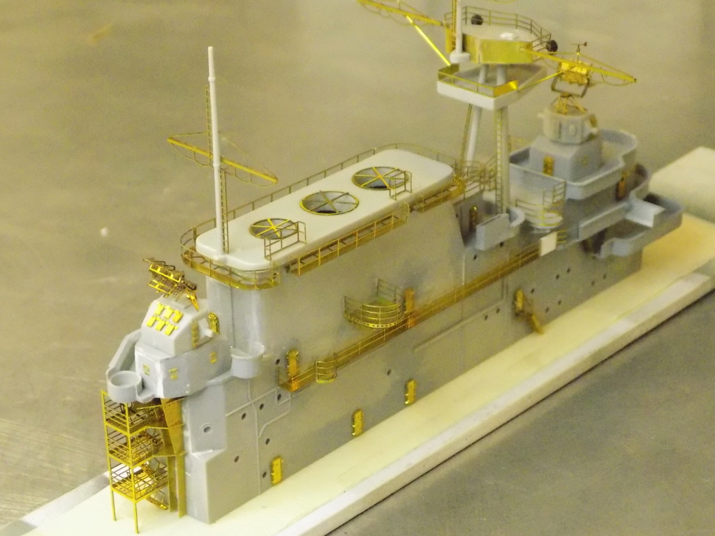"USS HORNET CV-8 ""Raid on Tokyo"" 1/350 de Trumpeter - Page 8 Dscn1716"