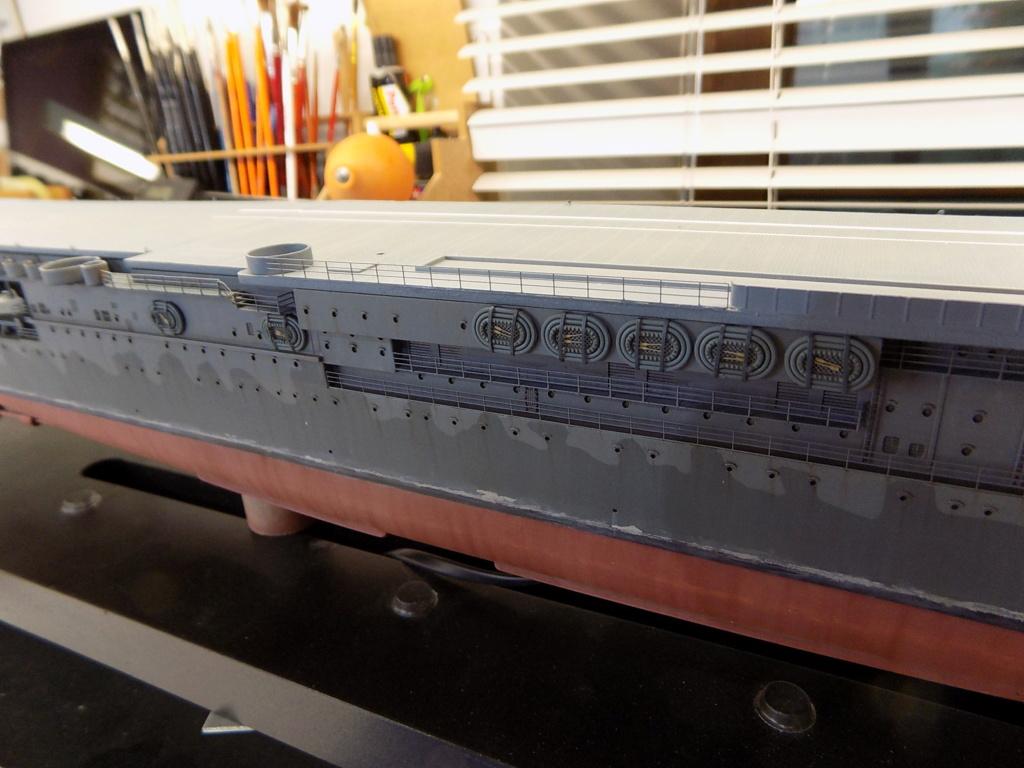 "USS HORNET CV-8 ""Raid on Tokyo"" 1/350 de Trumpeter - Page 9 Dscn1725"
