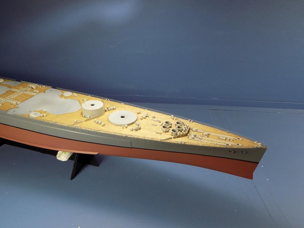 HMS DUKE OF YORK Tamiya 1/350 + Kit Pontos - Page 2 Dscn1827