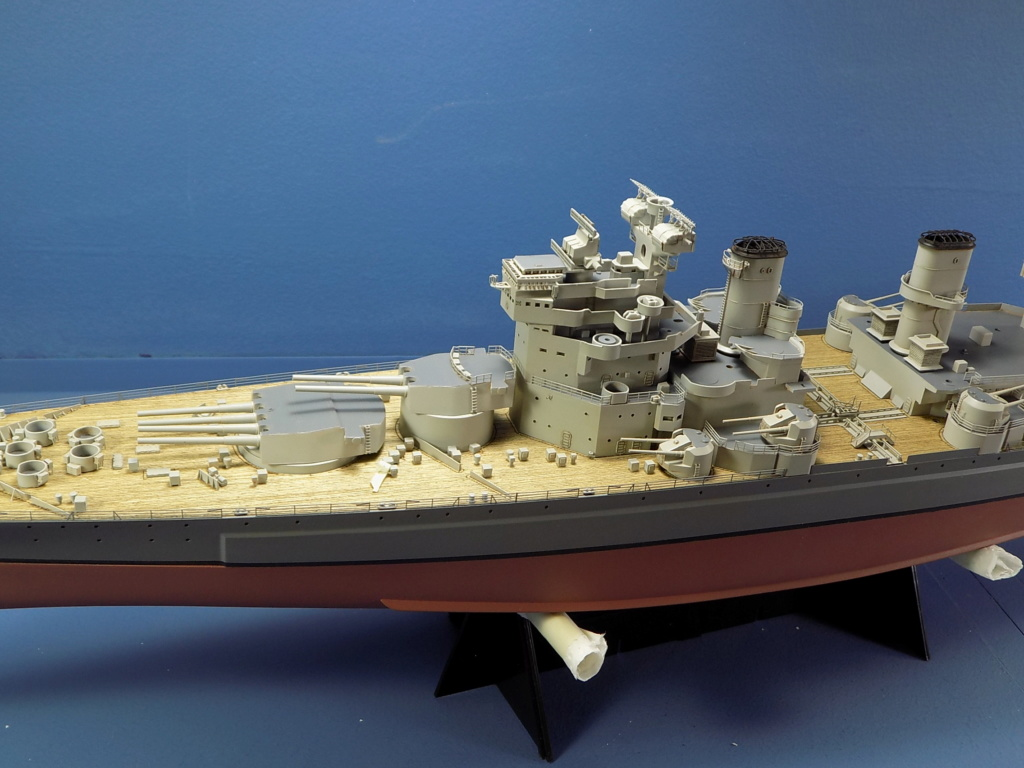 HMS DUKE OF YORK Tamiya 1/350 + Kit Pontos - Page 4 Dscn1842