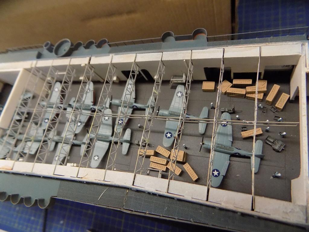 "USS Hornet CV-8 ""Raid on Tokyo"" (Trumpeter 1/350°) par horos - Page 12 Dscn1942"