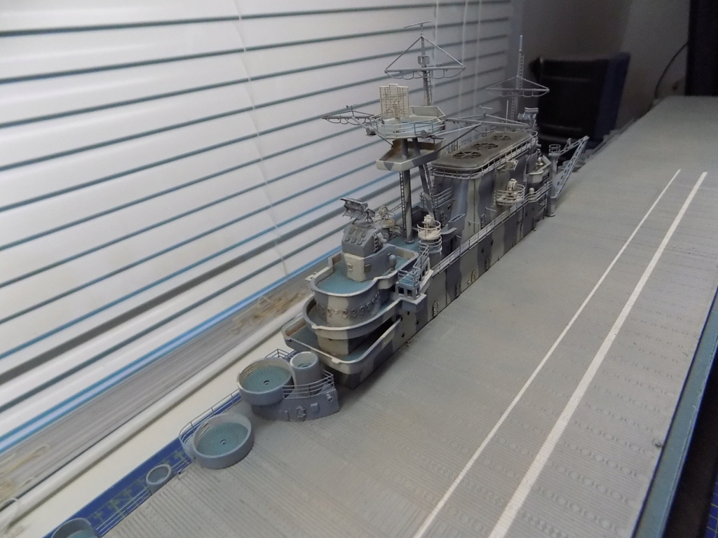 "USS HORNET CV-8 ""Raid on Tokyo"" 1/350 de Trumpeter - Page 13 Dscn1946"