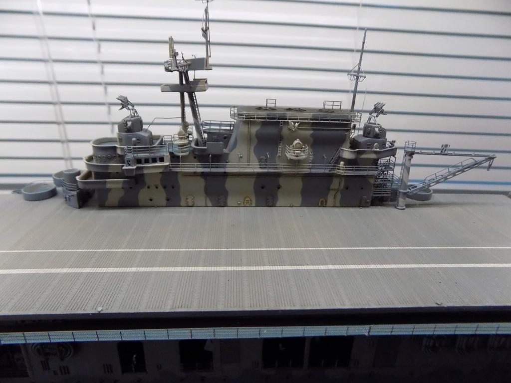 "USS HORNET CV-8 ""Raid on Tokyo"" 1/350 de Trumpeter - Page 14 Dscn1947"