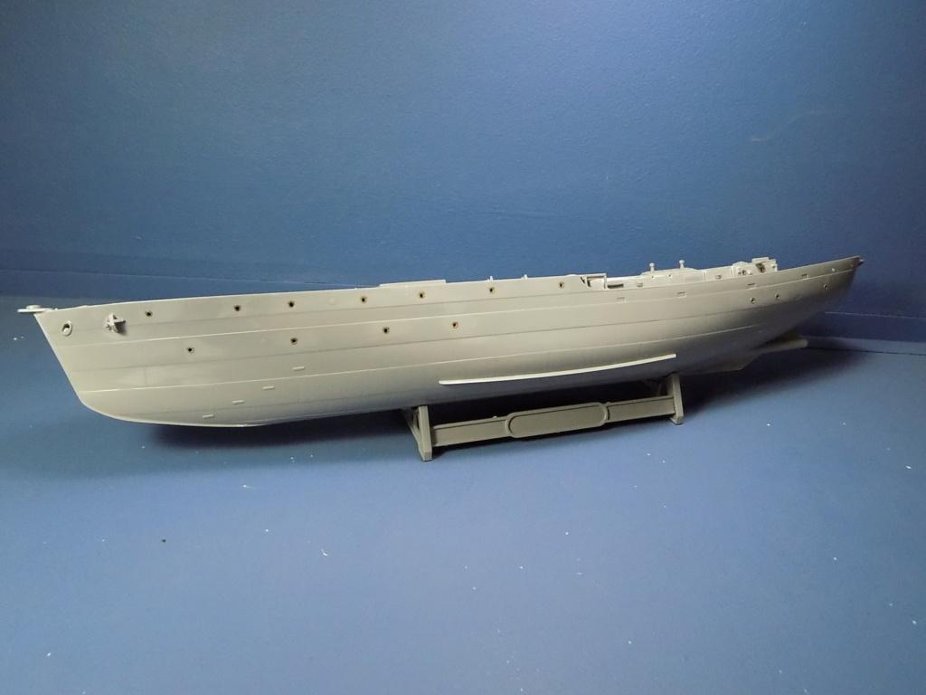 HMS Buttercup frégate belge de la class Flower au 1/144 de Revell - Page 2 Dscn1970