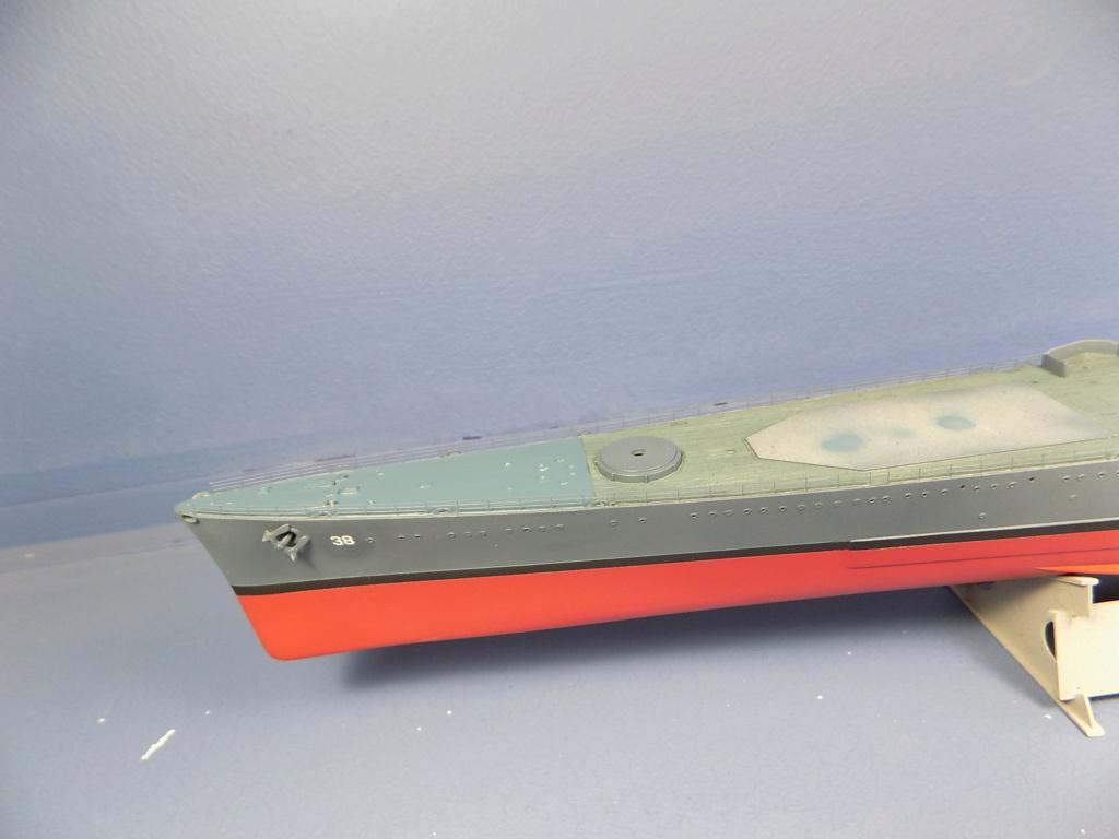 USS San Francisco 1942 au 1/350ème de Trumpeter + Set PE Flyhawk  - Page 3 Dscn2043