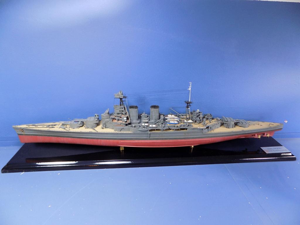 HMS Hood 1941 trumpeter au 1/350ème + set de détaillage Flyhawk Dscn2185