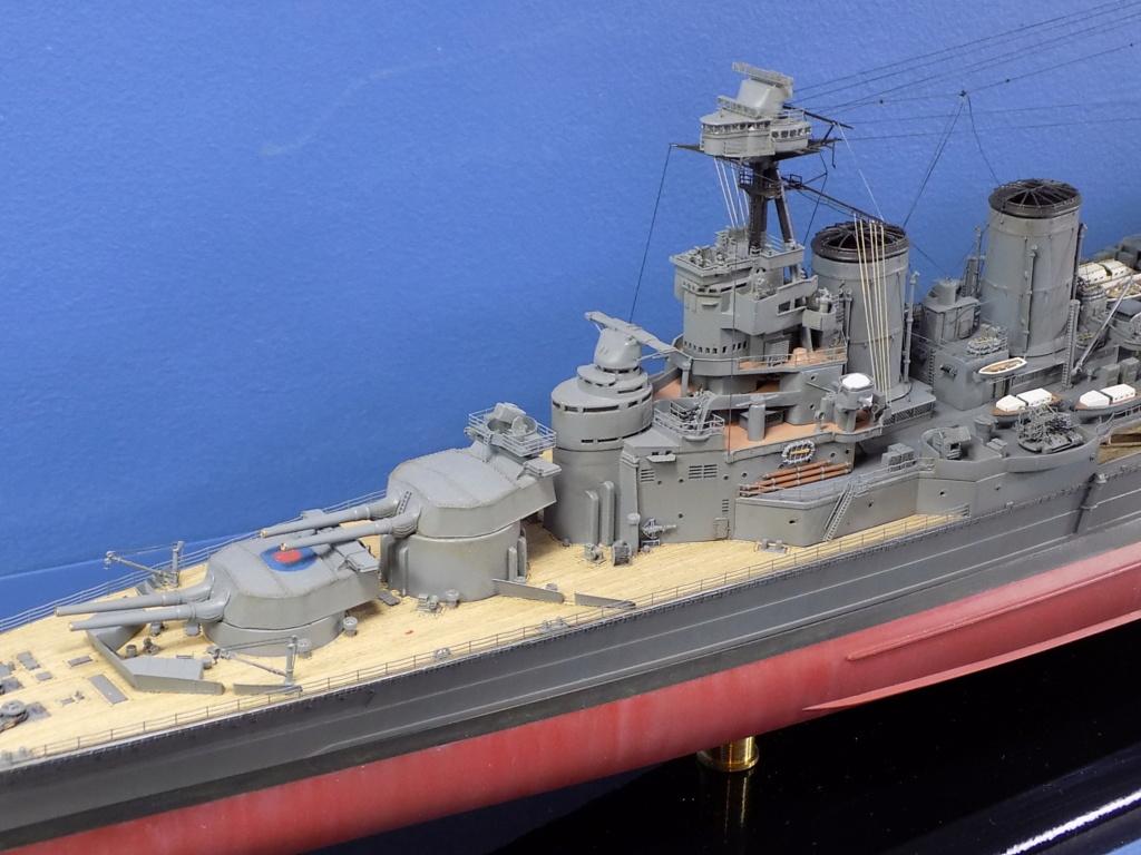 HMS Hood 1941 trumpeter au 1/350ème + set de détaillage Flyhawk Dscn2187