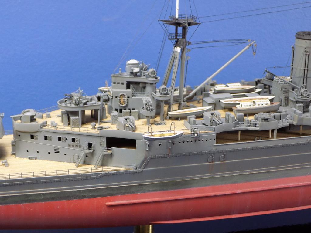 HMS Hood 1941 trumpeter au 1/350ème + set de détaillage Flyhawk Dscn2189