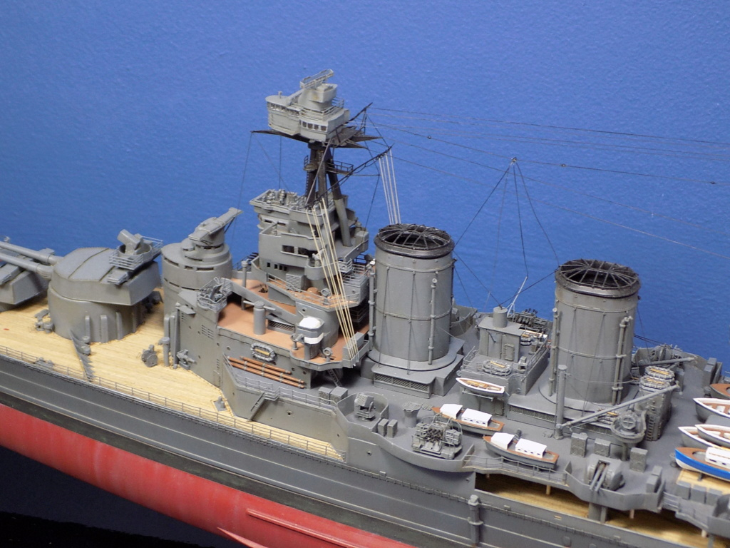 HMS Hood 1941 trumpeter au 1/350ème + set de détaillage Flyhawk Dscn2191