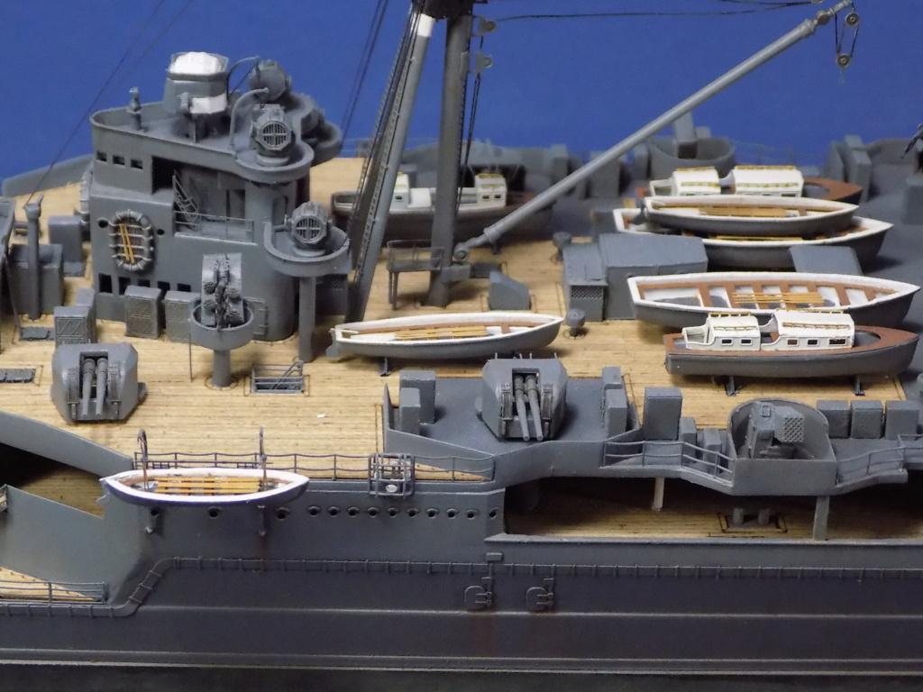 HMS Hood 1941 trumpeter au 1/350ème + set de détaillage Flyhawk Dscn2211
