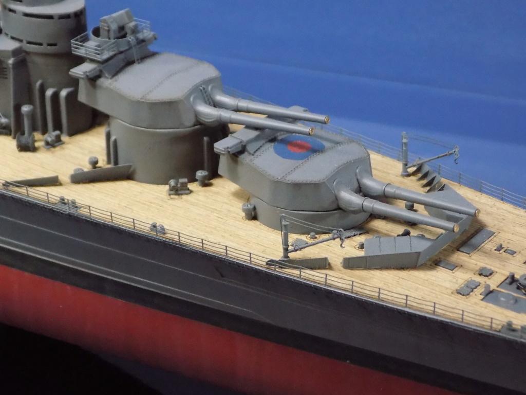 HMS Hood 1941 trumpeter au 1/350ème + set de détaillage Flyhawk Dscn2213