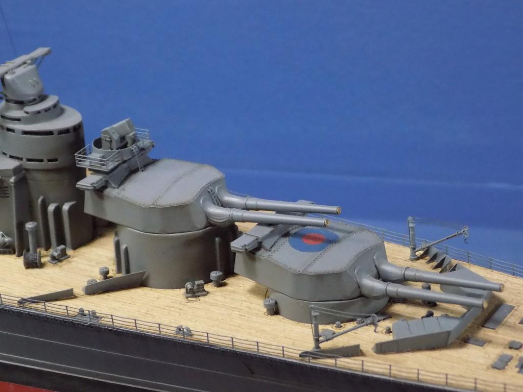 HMS Hood 1941 trumpeter au 1/350ème + set de détaillage Flyhawk Dscn2214