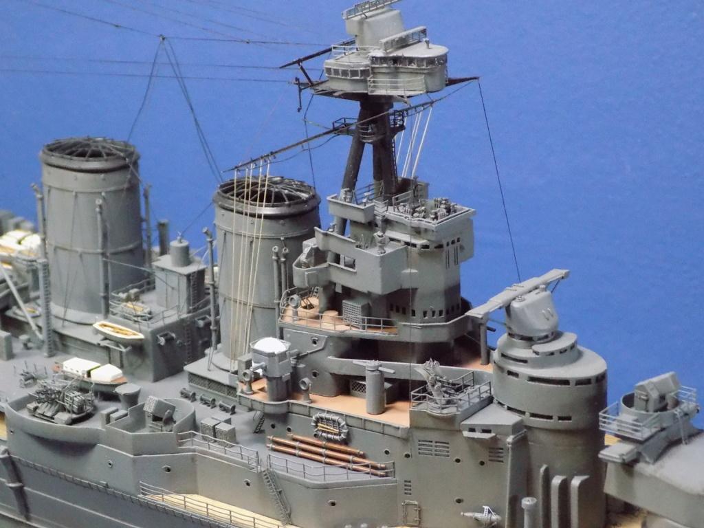 HMS Hood 1941 trumpeter au 1/350ème + set de détaillage Flyhawk Dscn2215