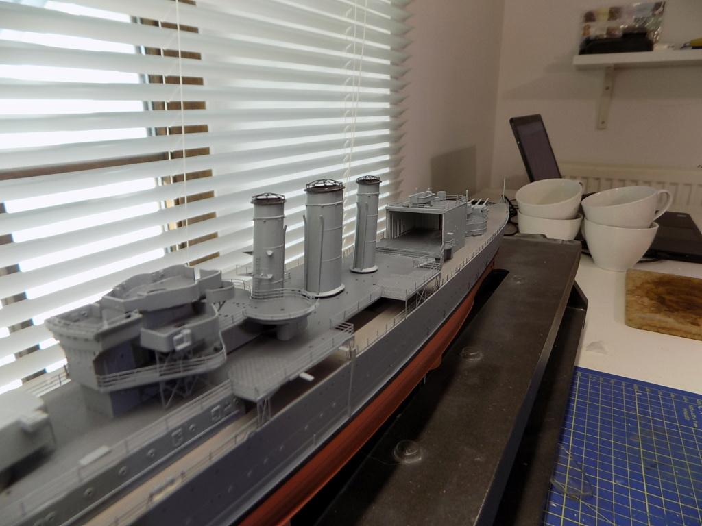 HMS Cornwall 1/350 Trumpeter + set PE Eduard - Page 3 Dscn2371