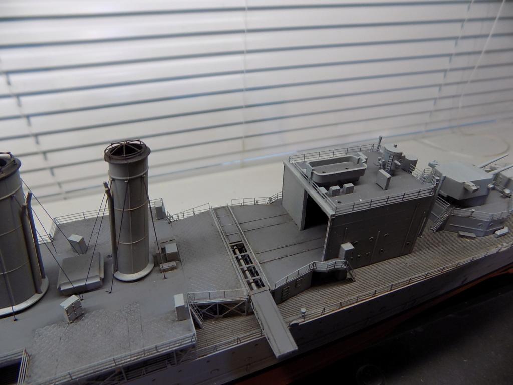 HMS Cornwall (Trumpeter+set PE Eduard 1/350°) par horos - Page 3 Dscn2419
