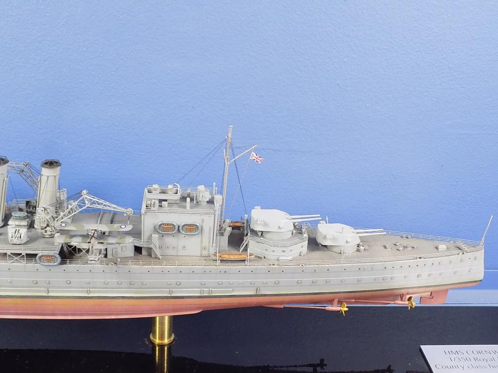 hms cornwall?tid=7961bd82692d7af48d3736abc49ecb2b - HMS Cornwall 1942 Trumpeter 1/350ème Dscn2426