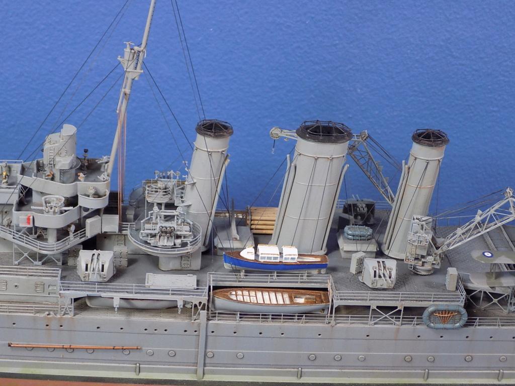 hms cornwall?tid=7961bd82692d7af48d3736abc49ecb2b - HMS Cornwall 1942 Trumpeter 1/350ème Dscn2427