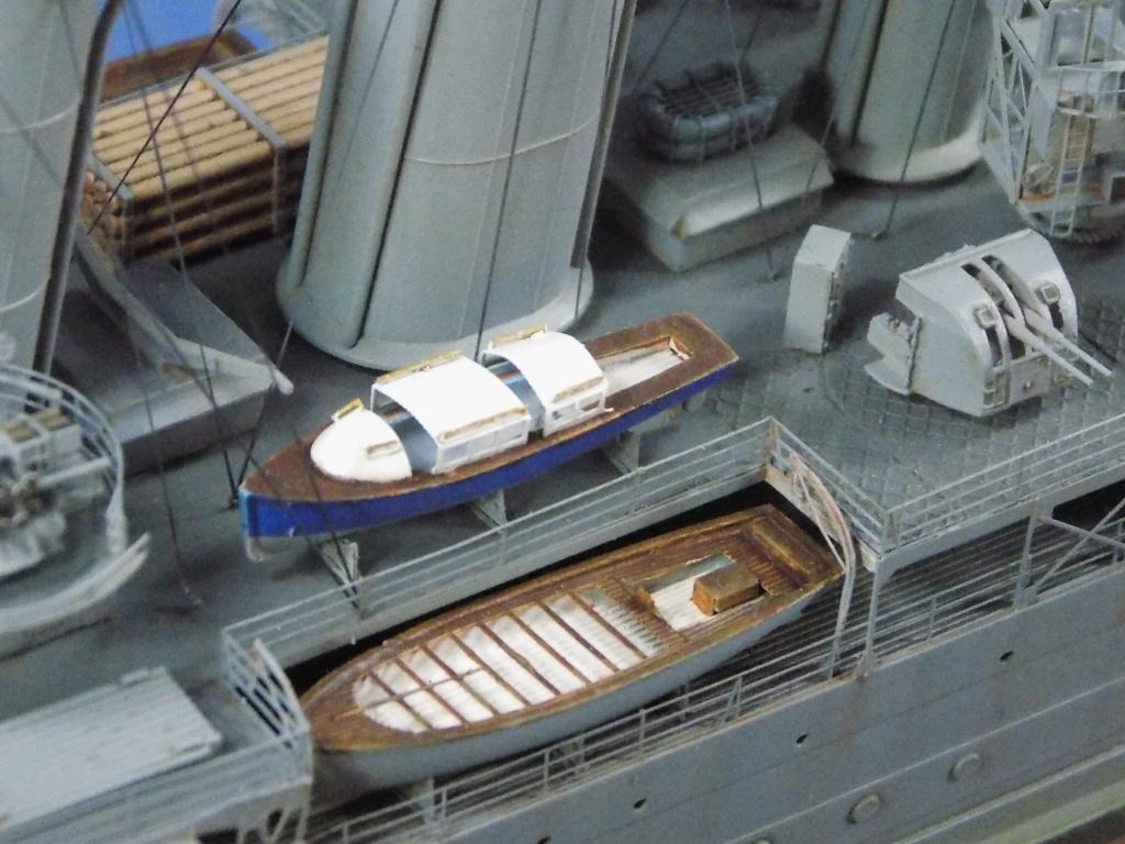 hms cornwall?tid=7961bd82692d7af48d3736abc49ecb2b - HMS Cornwall 1942 Trumpeter 1/350ème Dscn2438