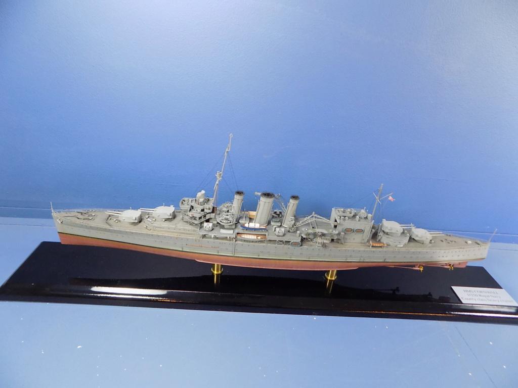 hms cornwall?tid=7961bd82692d7af48d3736abc49ecb2b - HMS Cornwall 1942 Trumpeter 1/350ème Dscn2457