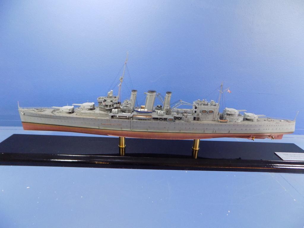 hms cornwall?tid=7961bd82692d7af48d3736abc49ecb2b - HMS Cornwall 1942 Trumpeter 1/350ème Dscn2458