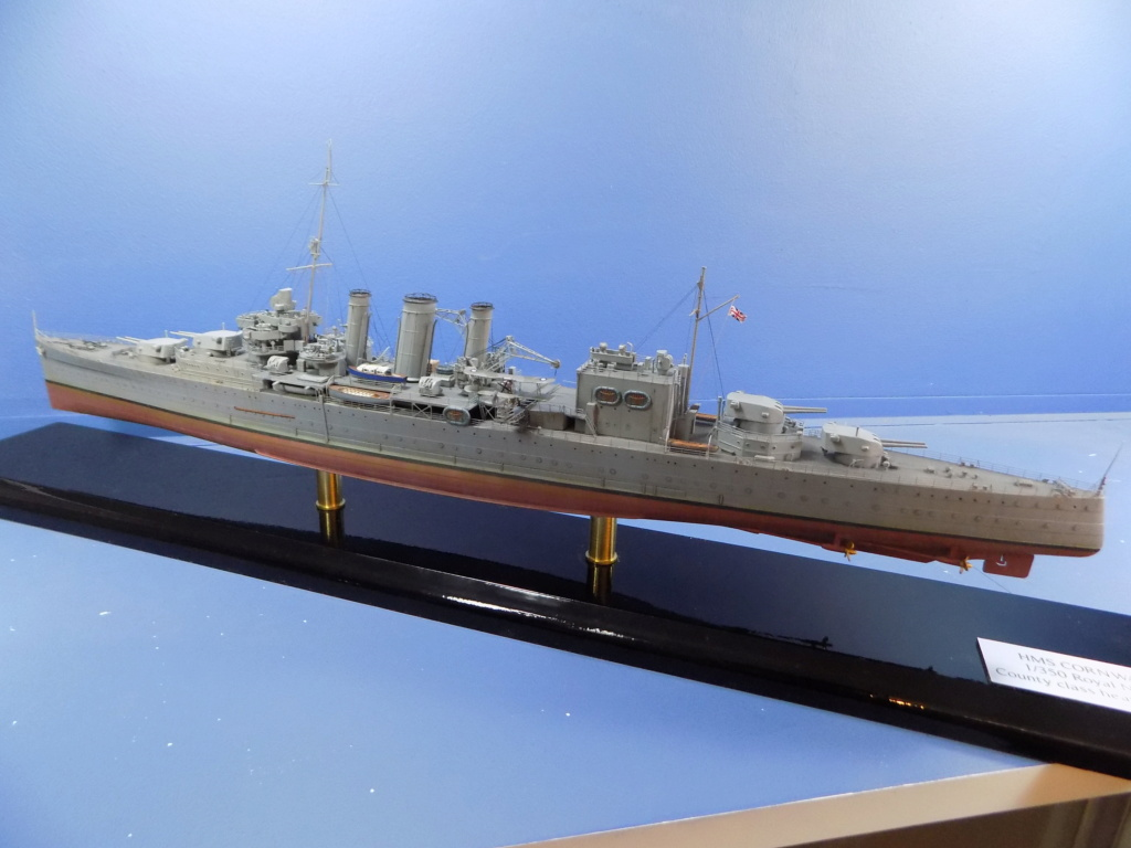 HMS Cornwall 1942 Trumpeter 1/350ème Dscn2460