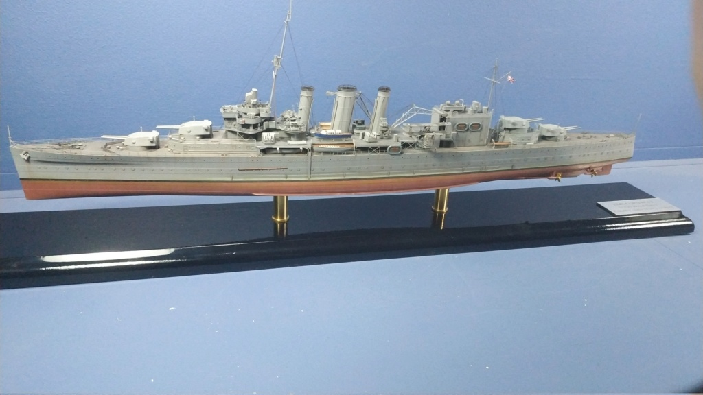HMS Cornwall 1942 Trumpeter 1/350ème Img_2022