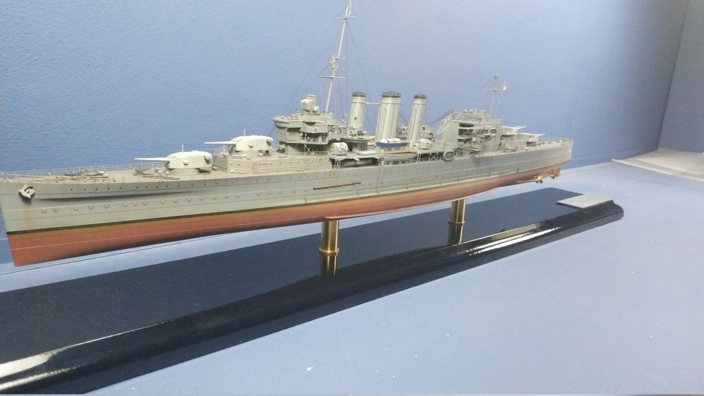 hms cornwall?tid=7961bd82692d7af48d3736abc49ecb2b - HMS Cornwall 1942 Trumpeter 1/350ème Img_2026