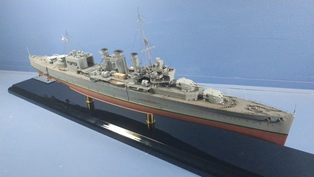 hms cornwall?tid=7961bd82692d7af48d3736abc49ecb2b - HMS Cornwall 1942 Trumpeter 1/350ème Img_2028