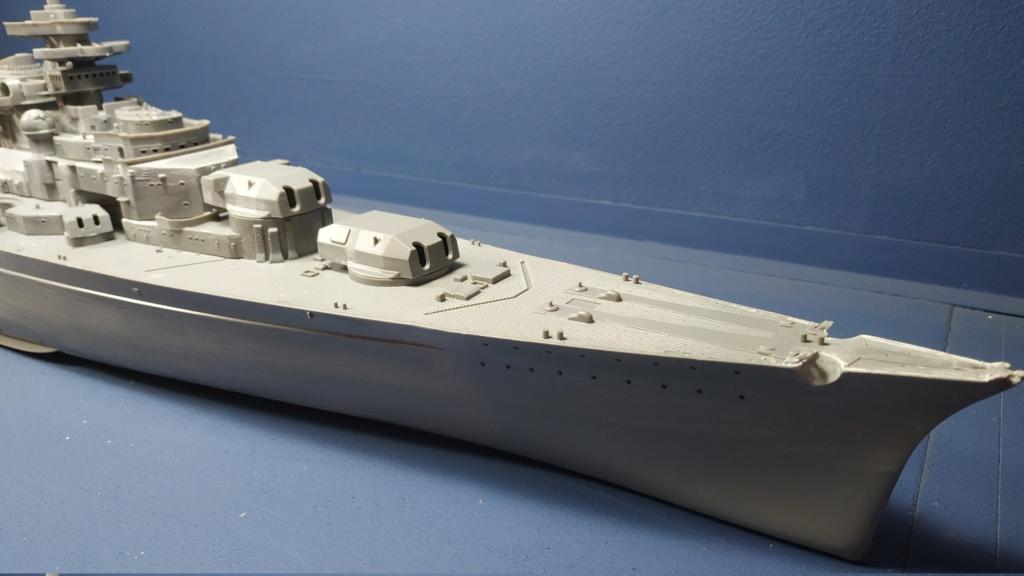 DKM Bismarck (Trumpeter 1/350 + PE Eduard) par horos Img_2039