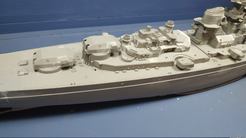 DKM Bismarck (Trumpeter 1/350 + PE Eduard) par horos Img_2041