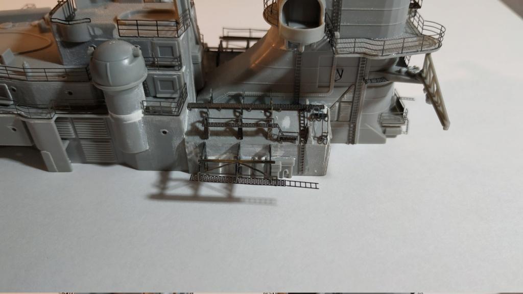 DKM Bismarck (Trumpeter 1/350 + PE Eduard) par horos Img_2060