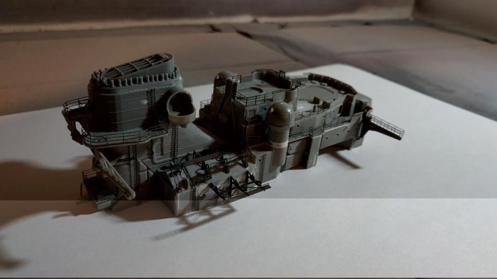 DKM Bismarck (Trumpeter 1/350 + PE Eduard) par horos Img_2061