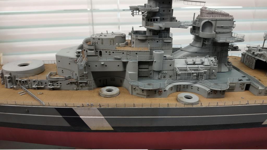 DKM Bismarck (Trumpeter 1/350 + PE Eduard) par horos - Page 5 Img_2121