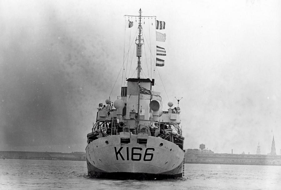 HMS Buttercup frégate belge de la class Flower au 1/144 de Revell - Page 2 Snb00010