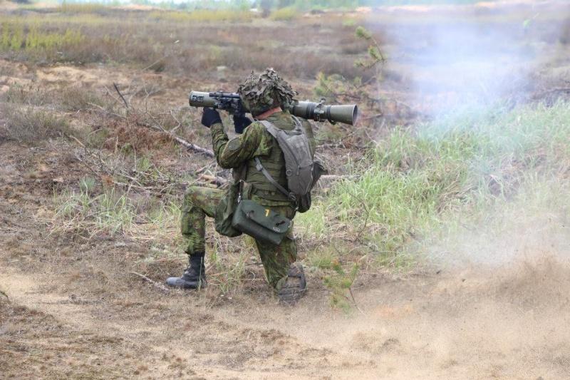 Armée lituanienne/Lithuanian Armed Forces - Page 3 11129