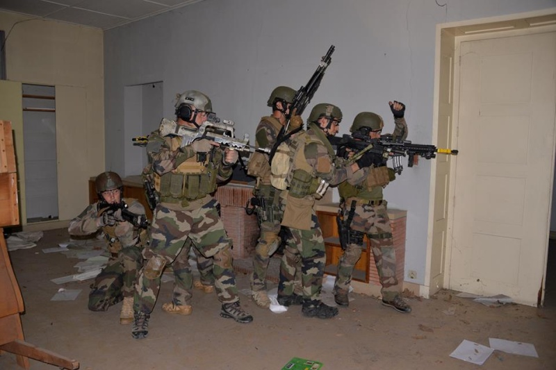 Commandos / Special Forces - Page 4 2037