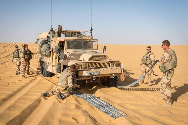 le Sahel zone de non-droit - Page 15 243