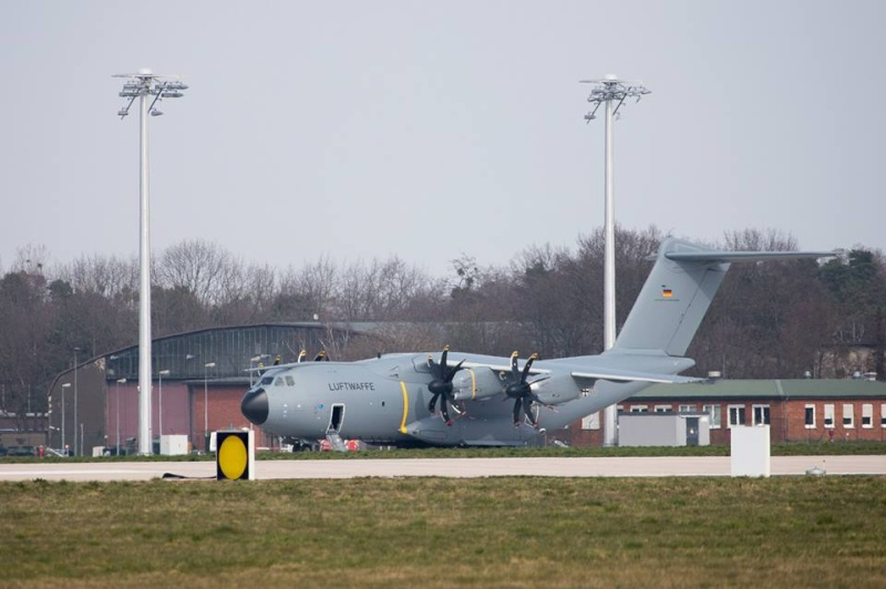 Airbus A400M - Page 14 567