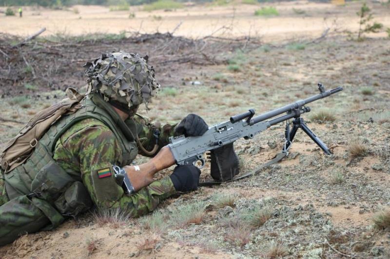 Armée lituanienne/Lithuanian Armed Forces - Page 3 599
