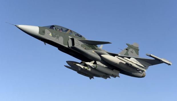 Saab: présentation du futur Gripen - Page 3 888