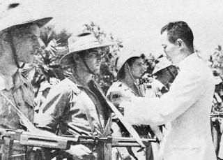 1ère demi-brigade de parachutistes au Laos en octobre 1945 1946_l10