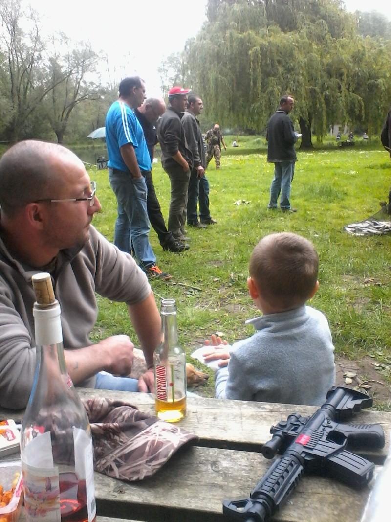 photos, ambiance journée de pêche 2015 - Page 4 15710