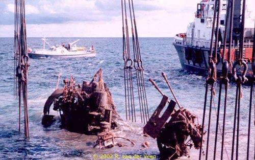 récupération de l'U-Boat 534 Liftin10