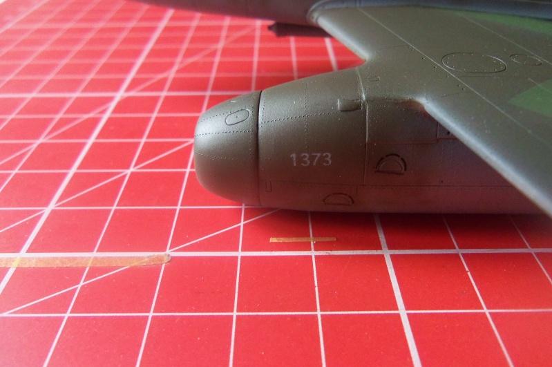 Mistel Me 262 + He 162 - montage en cours 100_2212