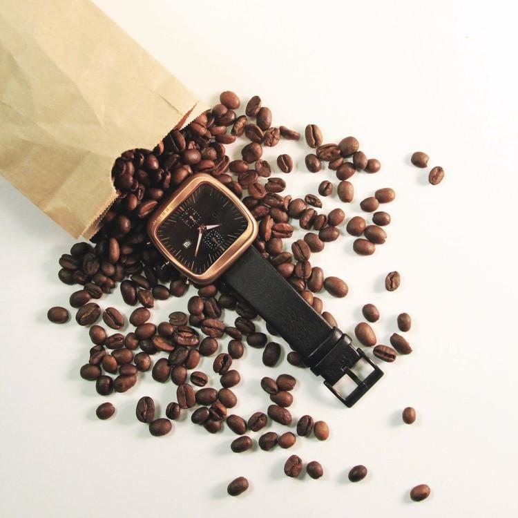 après l'Apple Watch - la Nespresso watch Bagpou10